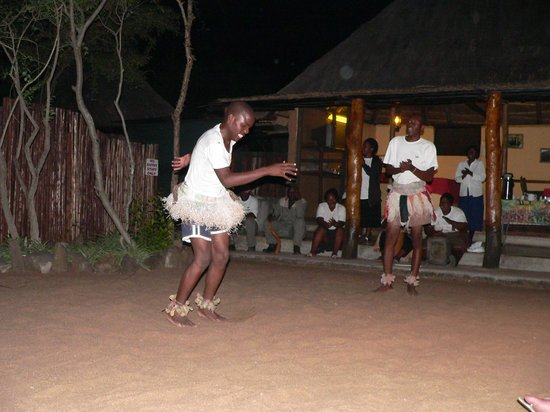 Shalati Adventure Lodge: Evening entertainment...