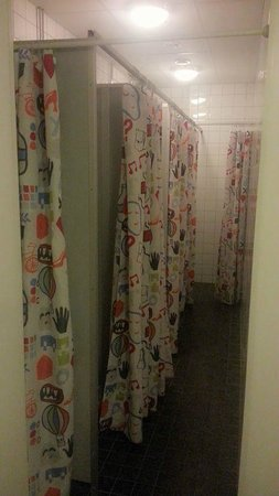 Interhostel: 6 continuous showers.