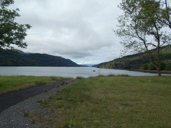 Ardgartan Hotel: view of Loch Long from hotel