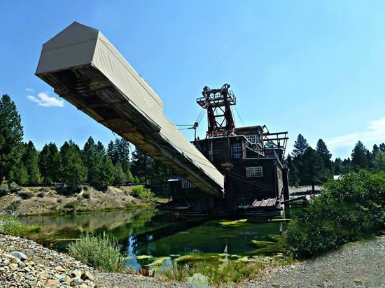 Sumpter Valley Dredge: Dredge