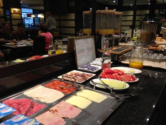 Hotel Conde Duque Bilbao: colazione