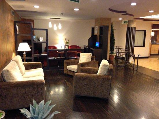 Hotel Conde Duque Bilbao : Lobby