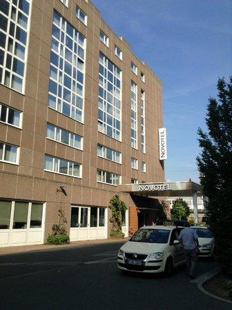 Novotel Frankfurt City : Outside view