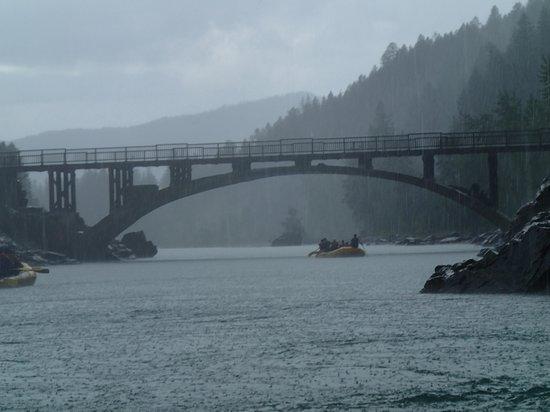 Glacier Raft Company : More Water, More Fun