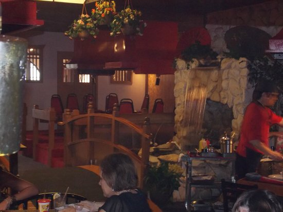 Arigato Japanese Steak House: Interior.