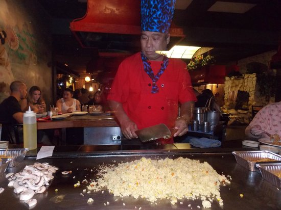 Arigato Japanese Steak House: Our chef...just cooking silently.