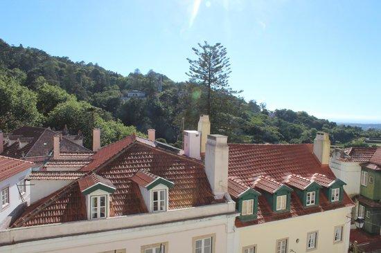 Hotel Tivoli Sintra: Vista da suíte