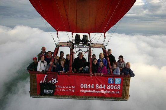 ‪Virgin Balloon Flights - Bishop Auckland, Witton Castle‬