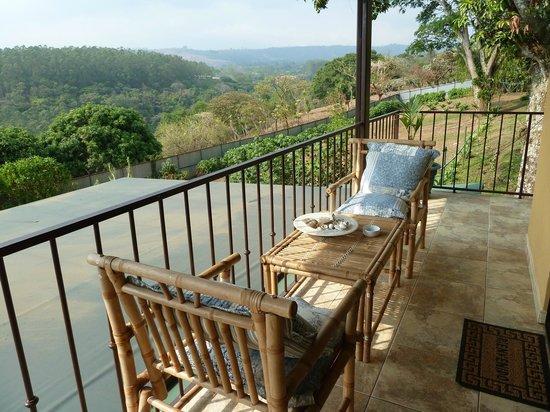 Vista Linda Montaña: Sicht vom Zimmer ins Zentraltal von Alajuela