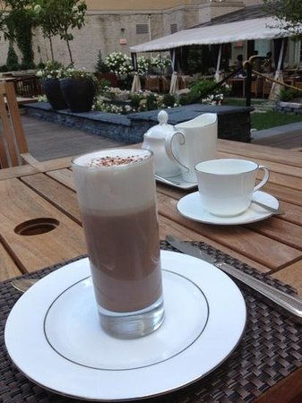 The Ritz-Carlton, Montreal : chocolat chaud au Ritz Carlton