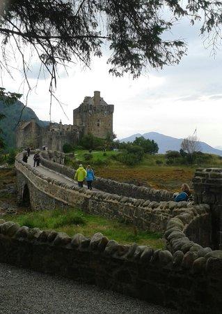 Craik Na Dav B & B: Eilean Donan Castle near Invermoriston