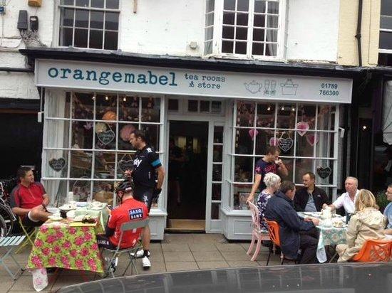 Outside High Street Orangemabel