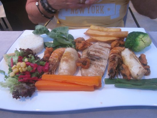 Alternatif Terrace Restaurant : Seafood platter