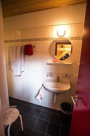 Esther's Guesthouse : In-suite Bathroom for Room 6