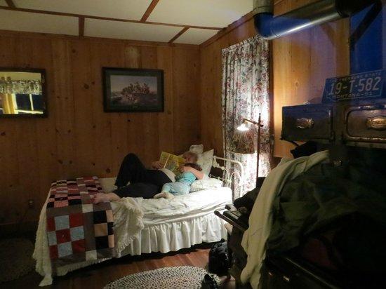 Virgelle Mercantile: 2 bed cabin