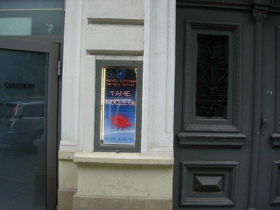 Hostel Centrum : Jus a small entrance