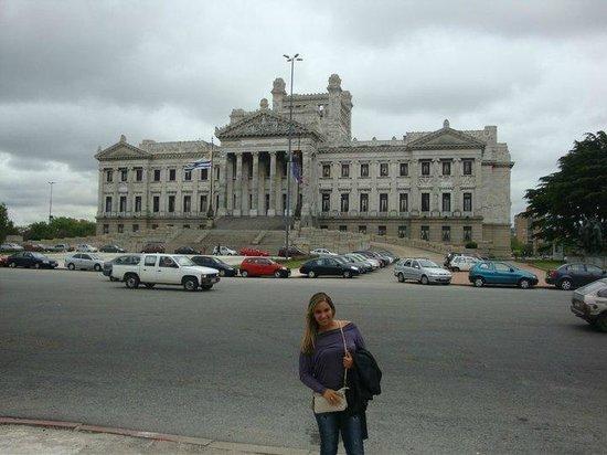 Balmoral Plaza Hotel: PROXIMO AO HOTEL