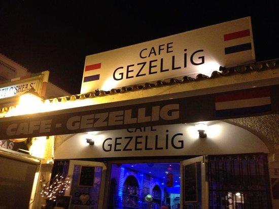 imagen Cafe Gezellig en Benalmádena