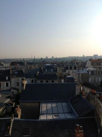 Mercure Poitiers Centre Hotel: view from fifth floor room
