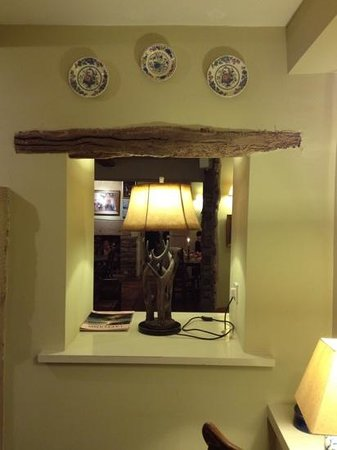 The Red Well Country Inn Restaurant: Decor at The RedWell