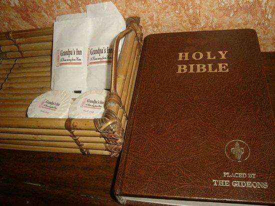 Grandpa's Inn : complimentary toiletries and bible