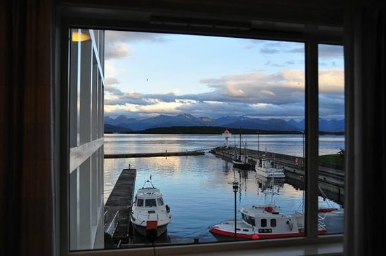 Hotell Molde Fjordstuer: view from room