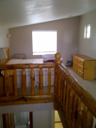 Sunbanks Lake Resort: Loft in Townhouse 4