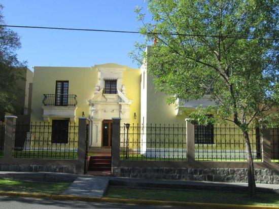 Hotel Villa Del Carmen : fachada do hotel