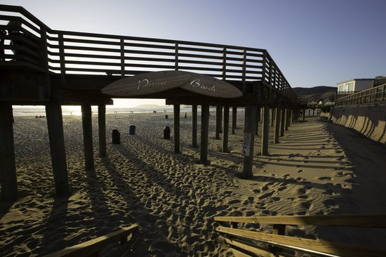 Valentina Suites: Pismo Beach just 5 minutes walk away!