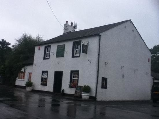 Highland Laddie Inn: Shelter from the storm
