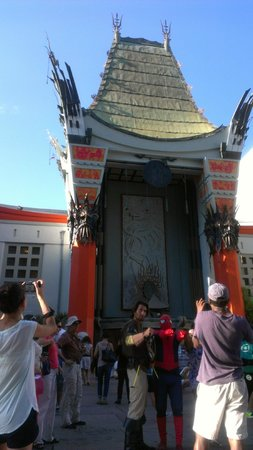 Your L.A. Tours: Chinese Theatre - Emily warned us about characters charging for pictures :)
