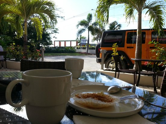 Malecon House: Morning Coffee!