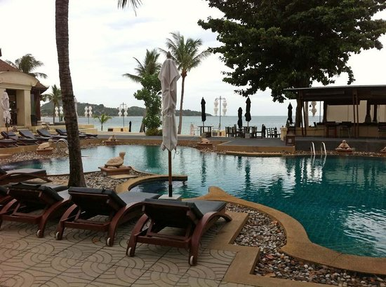 Pavilion Samui Villas & Resort: Pool Area