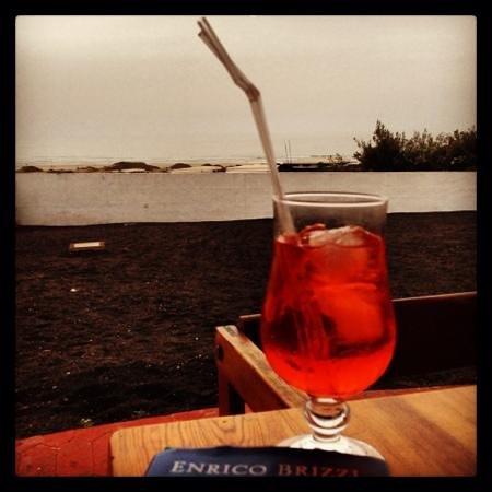 Restaurante y Bar La Gran Ola : Aperitivo a la Gran Ola