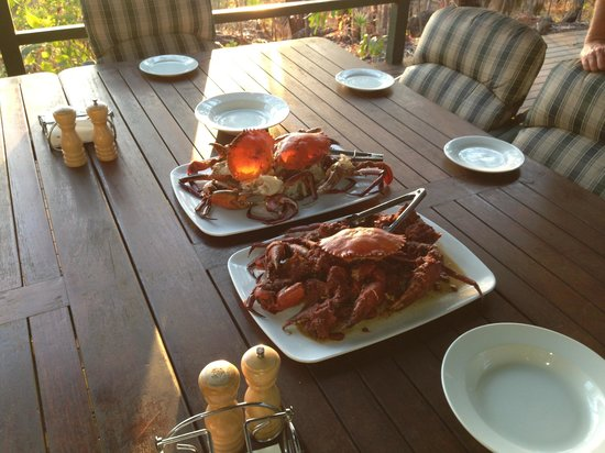 Arnhemland Barramundi Nature Lodge: Mud crab at 6pm every evening. Doesn't get much better than this! P