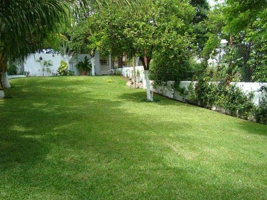 Hotel Villa Escondida Campeche: jardines