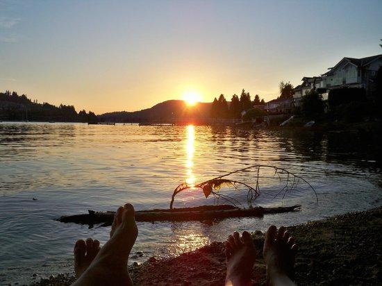 At The Beach Retreat: Toe-Gether at the Beach!!! xo