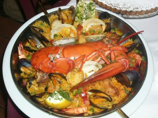Restaurant Copas: seafood paella at the Copas