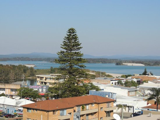Sails Luxury Apartments: Lake views