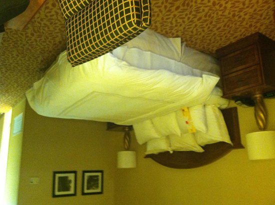 Bethesda Marriott: Bed