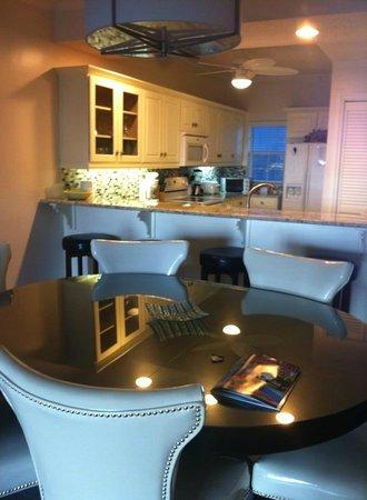 The Grandview Condos Cayman Islands: Dining