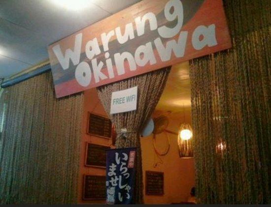 Warung Okinawa: Entrance