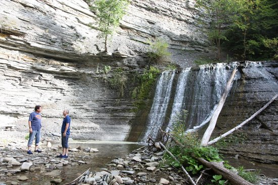 Sugar Creek Glen Campground: The creek is a wonderful trail, arriving at a charming waterfall