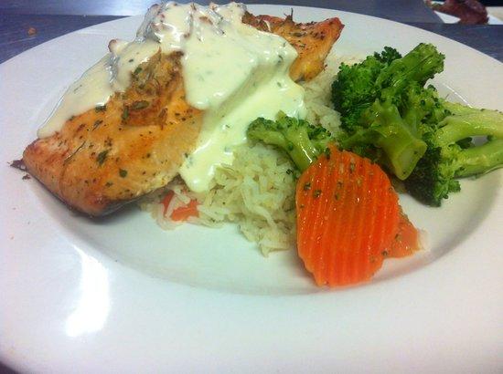 Sandstone Grillhouse: Grilled Atlantic Salmon