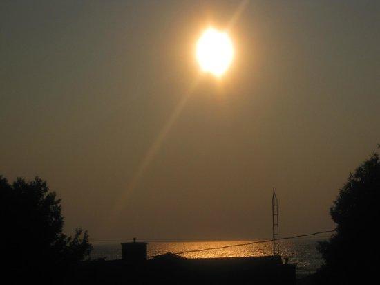 Sauble Beach Lodge: sunset