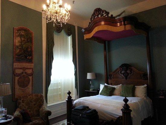 The Martha Washington Inn and Spa: Room at the Martha Washington