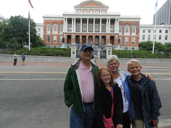 Walking Boston - Tours : Boston through the eyes of 3 generations