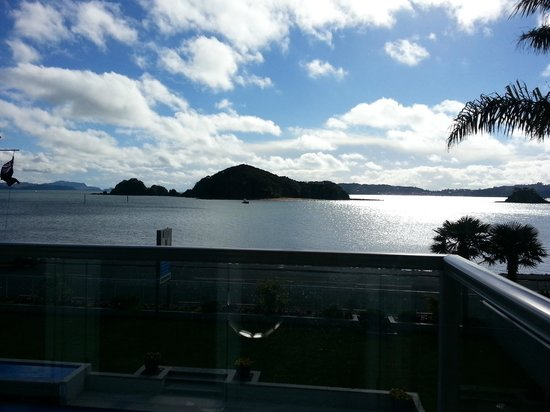 Kingsgate Hotel Autolodge Paihia: The view while we enjoyed breakfast