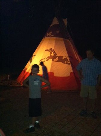 Majestic Dude Ranch: tepee kids campout