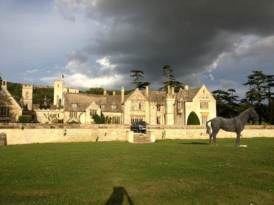 Ellenborough Park: Add a caption